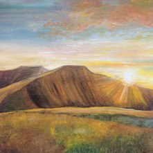 sunlight-pen-y-fan-and-corn-ddu